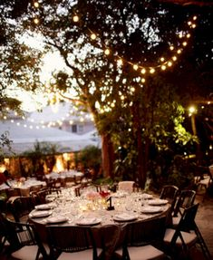 Awesome 25+ Amazing Garden Wedding Lighting Design Ideas  https://oosile.com/25-amazing-garden-wedding-lighting-design-ideas-16202