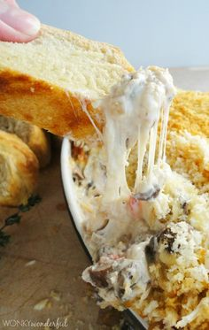 Stuffed Mushroom Cheesy Dip Recipe - wonkywonderful.com #appetizer #dip #cheese