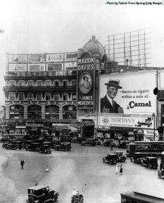 """The Cosmopolitan Theatre in New York City, 1926"""