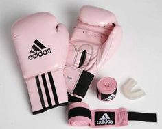tank top kick boxing pink adidas gloves boxing leather gloves girly wishlist holiday gift all pink wishlist boxing workout Pink Adidas, Adidas Shoes, Boxing Workout, Workout Gear, Boxing Boxing, Kick Boxing Girl, Boxing Classes, Muay Thai Workouts, Workout Outfits