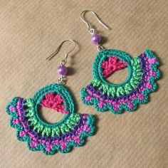 Crochet Art, Crochet Crafts, Yarn Crafts, Crochet Accessories, Diy Jewelry, Jewellery, Tatting, Christmas Crafts, Crochet Earrings