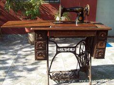 Estuvieron presentes durante generaciones y con una calidad excepcional,siempre tendremos presentes las viejas máquinas de coser. Con estas fotos las recordaras.