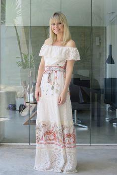 Look Paula Martins - AMISSIMA Verao 2016 - Vestido longo com recorte de renda
