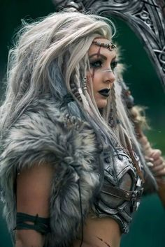 Heading to Valhala: Viking Group Cosplay PhotosYou can find Jessica nigri and more on our website.Heading to Valhala: Viking Group Cosplay Photos Viking Warrior Woman, Warrior Girl, Fantasy Warrior, Viking Queen, Viking Life, Warrior Women, Final Fantasy, Vikings Halloween, Viking Cosplay