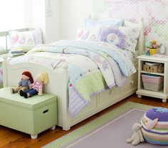 Pottery Barn Kids offers kids & baby furniture, bedding and toys designed to delight and inspire. Pottery Barn Kids, Estilo Shabby Chic, Daughters Room, Granddaughters, Kids Room Design, Bedroom Storage, Storage Beds, Little Girl Rooms, Girls Bedroom