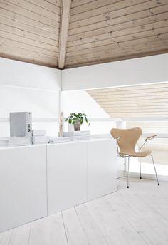 my scandinavian home: A serene Norwegian space in monochrome and nudes Nordic Home, Scandinavian Interior, Norwegian House, White Wood, Black White, Interior Design Inspiration, Interior And Exterior, Condo, Minimalist Design