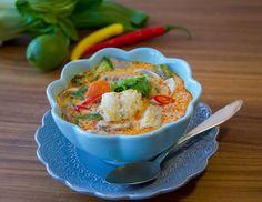 Fisksoppa med kokosmjölk Pak Choi, Zeina, Guacamole, Vegan Vegetarian, Stew, Mashed Potatoes, Chili, Foodies, Seafood