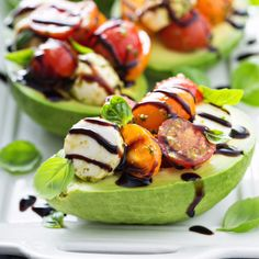 Caprese Pesto Stuffed Avocado: this LOW CARB dish makes a perfect lunch or side dish for dinner! So much flavor you wont miss the carbs! The post Caprese Stuffed Avocado appeared first on Tasty Recipes. One Dish Meals Tasty Recipes Healthy Appetizers, Appetizer Recipes, Healthy Snacks, Party Appetizers, Easter Recipes, Recipes Dinner, Light Summer Appetizers, Appetizer Skewers, Caprese Appetizer