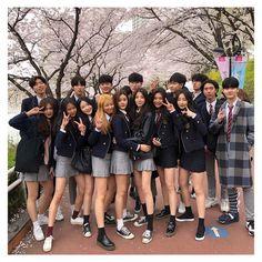 Read from the story Korean_Ullzang by Kiwiable_ with reads. Ulzzang Korean Girl, Cute Korean Girl, Ulzzang Couple, Asian Girl, Ulzzang Style, Korean Best Friends, Boy And Girl Best Friends, Cute Friends, Korean Aesthetic