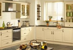 Give your Kitchen a stunning new look for only £1499 including fitting! Oven Hob and Extractor only £349! #kitchens