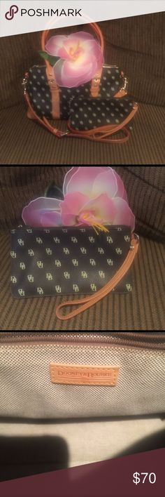 Dooney & Bourke 💯Authentic. Purchased off QVC. Comes with wristlet/wallet Gently and lovingly used❣ Dooney & Bourke Bags Shoulder Bags