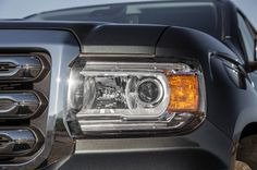 gmc-canyon-v-6-headlamp_2015