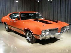 '70 442 W30 Ralleye Red