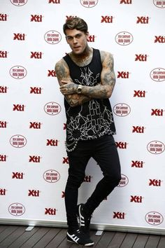 Stephen James XTI Footwear @stephen_james_hendry Instagram