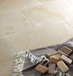 Classic Campione Limestone from Mandarin Stone - think well head for this in entrance area, utility and cloakroom. click now for info. Modern Flooring, Unique Flooring, Flooring Ideas, Limestone Flooring, Natural Stone Flooring, Mandarin Stone, Ceramic Tile Bathrooms, Peach Walls, Stone Kitchen