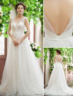 Rückenfreies A-Linie Brautkleid mit V-Ausschnitt und Court-Schleppe