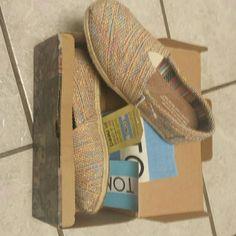 Tom's shoes Multi Burlap TOMS Shoes Flats & Loafers