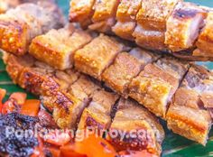 Crispy Oven Broiled Pork Belly Liempo -- boil for 35 minutes, then broil makes it too crunchy. Try reducing broiling to 8 min each side, and boil to 25 min. Pork Belly Recipes, Meat Recipes, Cooking Recipes, Healthy Recipes, Lechon Pork Belly Recipe, Filipino Dishes, Filipino Recipes, Filipino Food, Pinoy Food