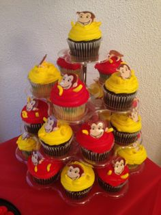 Curious George Cupcakes, Curious George Party, Curious George Birthday, Monkey Birthday, Third Birthday, 4th Birthday Parties, Birthday Ideas, Curios George, Let Them Eat Cake