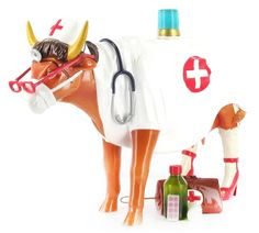 Kuh Erste Hilfe von Art in the City Cow, Objects, First Aid