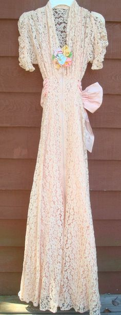 Vintage Peach Lace 1930s Wedding Dress by GardenDaisies on Etsy