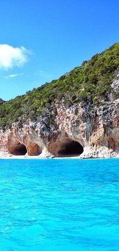 #Sardinia, #Italy http://en.directrooms.com/hotels/subregion/2-31-1424/