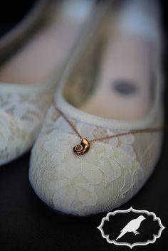 Sylvania Country Club Wedding photos with Under the Sea theme - Photos by Luckybird Photography