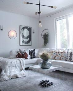 Lisäväriä ja ilmettä sisustukseen tyynyillä Marimekko, White Houses, My Dream Home, Living Room Decor, House Design, Interior Design, Bedroom, Inspiration, Pillows
