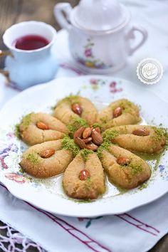 Almond, Diy Crafts, Food, Recipes, Make Your Own, Essen, Almond Joy, Homemade, Meals