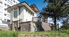 Castelinho do Alto da XV: construção em estilo neomedieval é cópia de casa alemã. Fotos: Letícia Akemi/Gazeta do Povo.