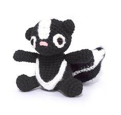 Zoomigurumi 2 - Briella the skunk