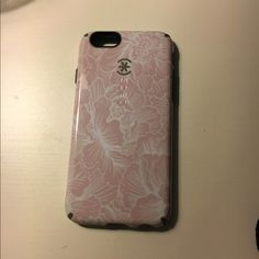 used speck there's a few tears in it but otherwise still a durable case speck Accessories Phone Cases