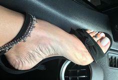 Two strap heels. Tacchi Close-Up Stilettos, Black Stiletto Heels, Beautiful High Heels, Gorgeous Feet, Talons Sexy, Sexy Toes, Women's Feet, Feet Soles, Female Feet