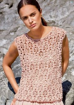 The Elastico from Lana Grossa is a wonderfully comfortable yarn that is very light . - The Elastico from Lana Grossa is a wonderfully comfortable yarn. It is very light and airy and very - Débardeurs Au Crochet, White Crochet Top, Crochet Tunic, Crochet Woman, Crochet Clothes, Easy Crochet, Crochet Tank Tops, Crochet Summer Tops, Tunic Pattern