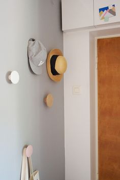 I love these dot hooks. Keep It Simple, Grey Walls, All White, Hanger, Kids Rugs, House Design, Living Room, Storage, Inspiration