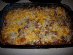 Cafe' Chatterbox: Sour Cream and Ground Beef Layered Casserole