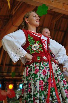 Folk costume from Podhale region, Poland. Folk Costume, Costumes, Polish Embroidery, Polish Clothing, Polish Folk Art, Beauty Around The World, Europe Fashion, Arte Popular, Ethnic Fashion