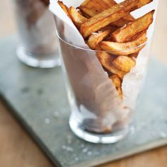 Frites maison (les meilleures) | Ricardo Bread Recipes, Keto Recipes, Cooking Recipes, Healthy Recipes, Best French Fries, Breakfast Recipes, Dinner Recipes, Bacon Potato, Recipe Of The Day