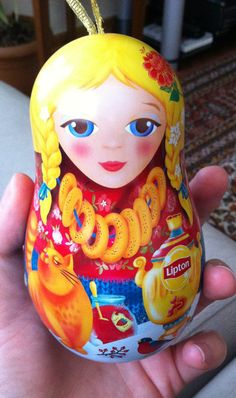 Russian doll Lipton tea.