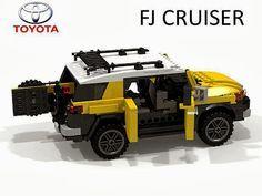 Toyota FJ Cruiser in LEGO