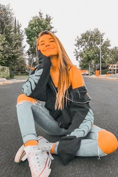 Casual School Outfits, Cute Comfy Outfits, Teen Fashion Outfits, Retro Outfits, Outfits For Teens, Stylish Outfits, Fall Outfits, Trendy Fashion, Jugend Mode Outfits