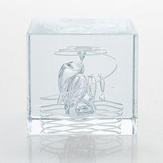Oiva Toikka, årskub, signerad Oiva Toikka Nuutajärvi 1987, numrerad 567/2000. - Bukowskis Glass Cube, Clear Glass, Glass Art, Glass Design, Design Art, Modern Art, Contemporary Art, All Themes, Nordic Design