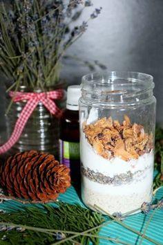 Koupelová sůl se sušeným mlékem | Žijeme homemade Acai Bowl, Homemade, Breakfast, Food, Acai Berry Bowl, Morning Coffee, Home Made, Essen, Meals