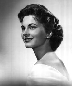 Miss Tennessee 1958 - Patricia Eaves McAnally - Miss Putnam County