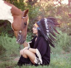 Horse meets Indian Headdress - probably one of our fave shoots.  Headdress in stock and available in our online shop. Picture via Photographer: am's inspired images Model: Rachel Smith