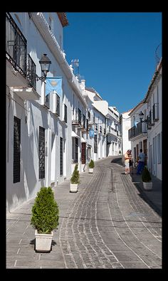 Streets of Mijas, Malaga, Spain Holiday Places, Holiday Destinations, Beautiful Buildings, Beautiful Places, Places To Travel, Places To See, Spanish Holidays, Malaga Spain, Rome Travel