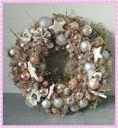 Advent, Christmas Wreaths, Holiday Decor, Home Decor, Crowns, Weihnachten, Christmas Garlands, Home Interior Design, Decoration Home