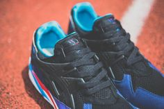 ASICS GEL KAYANO TRAINER – BLACK / BLACK – BLUE