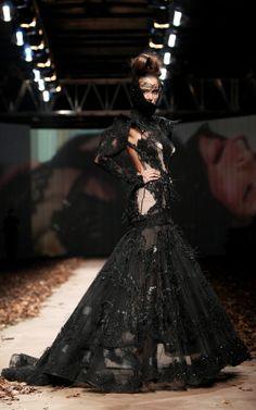 LADY X' by @Matija Vuica #fashion #glamour #redcarpet #beauty #FashionStyles Fashion Glamour, Catwalk Fashion, How To Make Clothes, High Collar, Dress Black, Corset, Red Carpet, Feminine, Elegant
