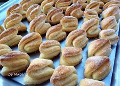 "За хората и пиците: Сладки "" Балеринки"" Bulgarian Desserts, Bulgarian Recipes, Sicilian Recipes, Bulgarian Food, Cookie Bars, Pretzel Bites, Biscotti, Kids Meals, Food To Make"